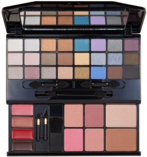 Revlon Ultimate all in one Makeup Palette